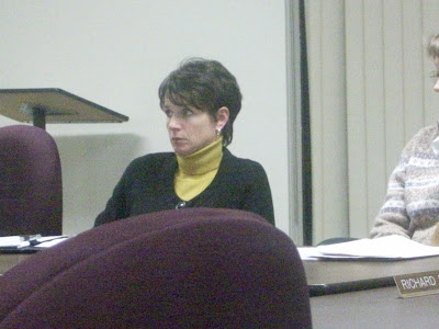 Board Member Stephanie Ellingson at the 1/6/10 meeting. (KCII NEWS)