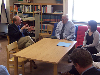 Congressman Dave Loebsack (Left) talks with WCSD Supt. Dave Sextro (Center) and Food Service Director Yota Giardino (Right) (KCII NEWS)