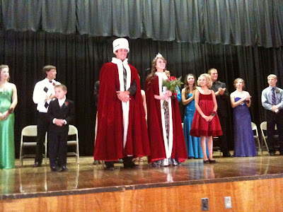 2010 Washington Homecoming King And Queen Brian Roder And Courtney Kleese.<br /> (KCII's Chance Dorland)