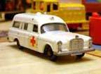 MB-03 Mercedes Benz-Binz Ambulance verziókról