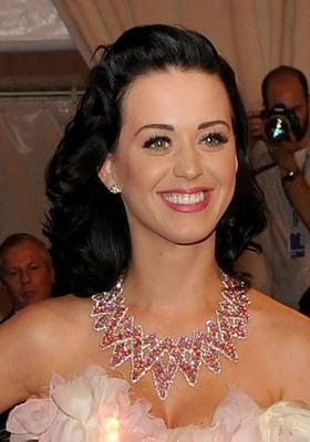 Katy Perry Hollywood hair