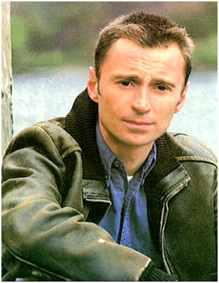 Robert Carlyle