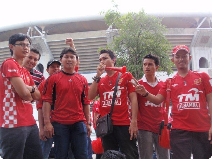 final piala malaysia 2010 -2