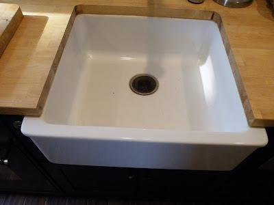 Undermounting the ikea domsjo sink for Ikea kitchen sink domsjo