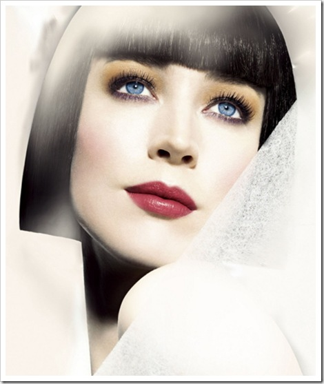 Shiseido-Holiday-2010-makeup-collection-Model
