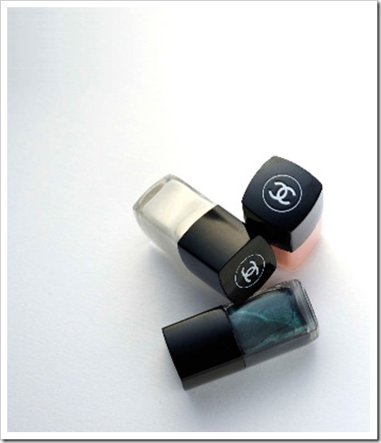 Chanel-Pearl-Spring-2011-le-vernis