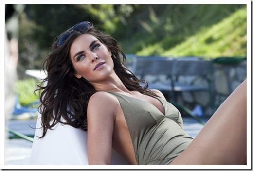 Estee-Lauder-Introduces-Bronze-Goddess-Soleil-Spring-2011-Collection-2