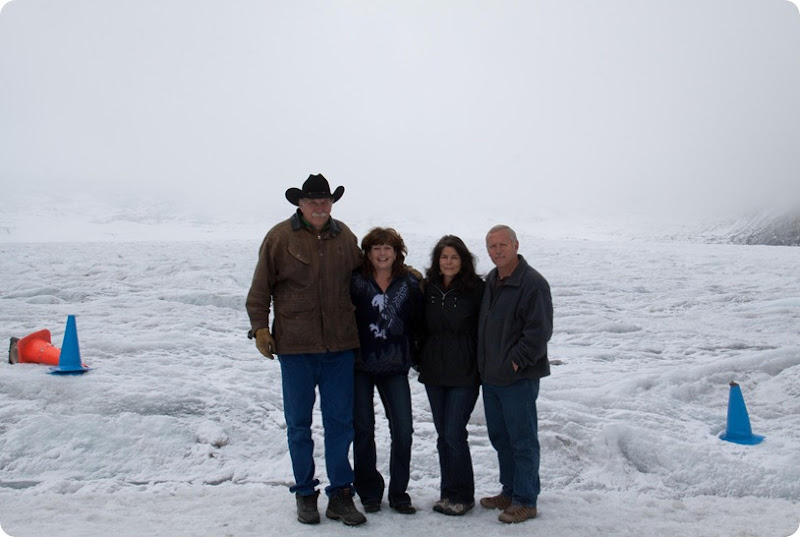 Icefields Parkway - Athabasca Glacier-2