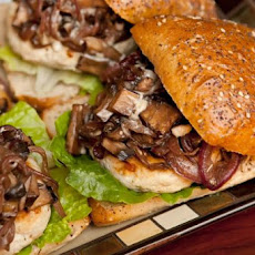 Roasted Garlic Turkey Burger W/Portabella Mushrooms
