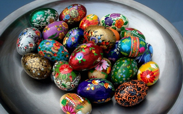 [handpainted eggs[4].jpg]