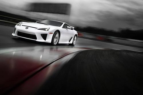 Supercar Lexus LFA
