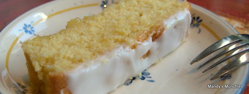 [Triple Lemon Cake[3].jpg]