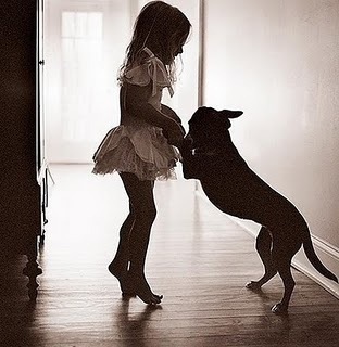 black,and,white,cute,dancing,dog,little,girl,photography-7ab6fc2b2be296a6c881cbadad1db121_h_large