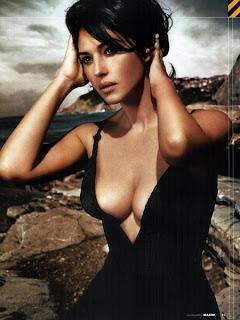 Monica Bellucci Model Bugil, gambar model barat hot, 7.jpg