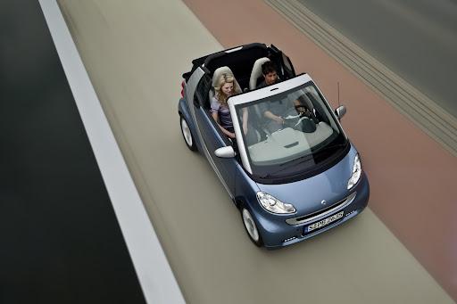 2011-Smart-ForTwo-15.jpg