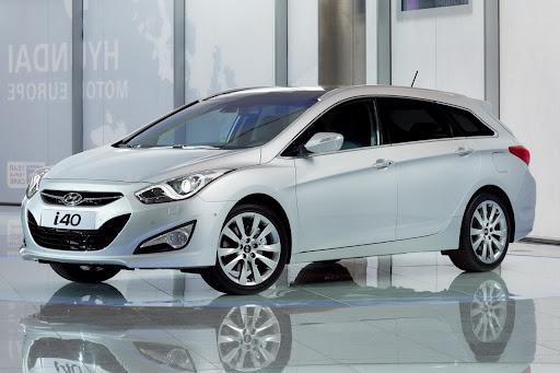 2011-Hyundai-i40-1.jpg