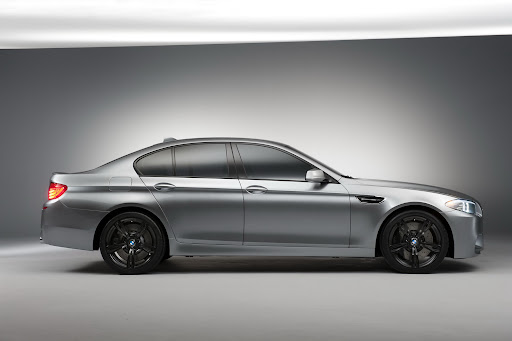 2011-BMW-M5-Concept-03.jpg