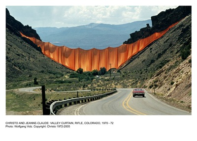 valley_curtain