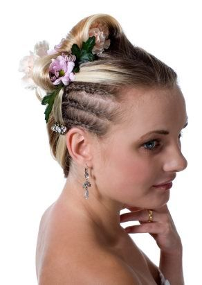 Prom hair style for short hair