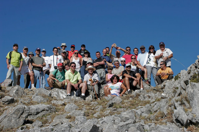 Grupo en la cima de Peñacorada