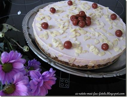 Cheesecake belgian cu vişine
