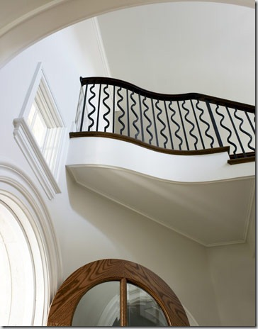 curvy-stair-railing-hbx0610howard01-de[1]