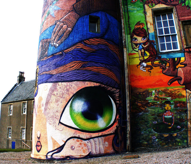 2363186005 703df7f496 b Amazing 3D Graffiti Art, Castles and buildings : Part 2