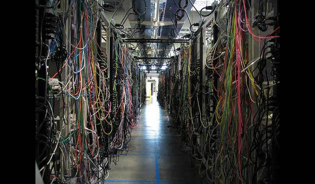 Server Room Wiring : Moved permanently