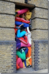 Bodies_In_Urban _Spaces_London04_318x480