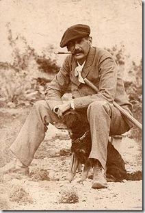 Benito Pérez Galdós con su perro en Las Palmas (1890)