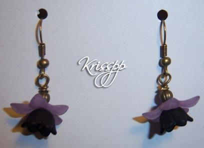 Pendientes campanillas negras lilas