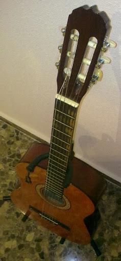 La Sonora fue mi primera guitarra