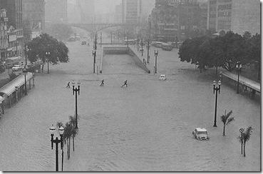 Enchentes - Vale do Anhangabaú - 1967