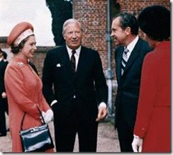 8 Rainha com Nixon