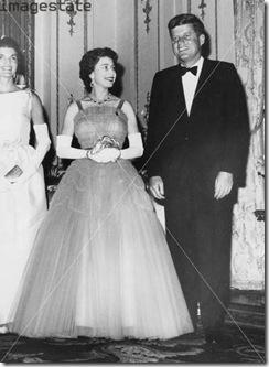 9 Rainha com Kennedy
