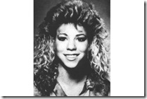 Mariah Carey - 87, último ano da Harborfields high school em Greenlawn - Nova York