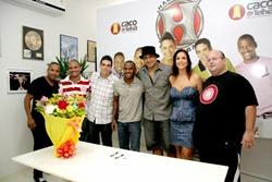 Candinha - 11 - Ivete Sangalo e funcionários