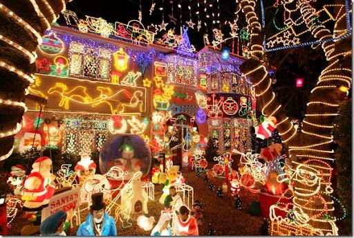 The best Christmas photos from around the world.  christmas_lights_house_melksham_england - Just Another One: The Best Christmas Photos From Around The World