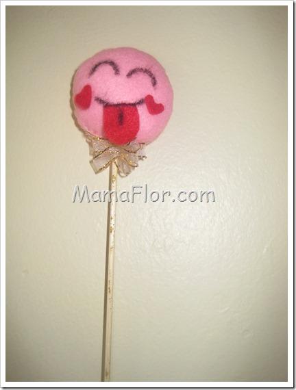 Como hacer un pin con cara de loco de amor II