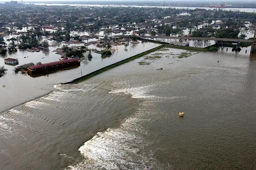 katrina 21 Bencana Topan Badai Terdahsyat