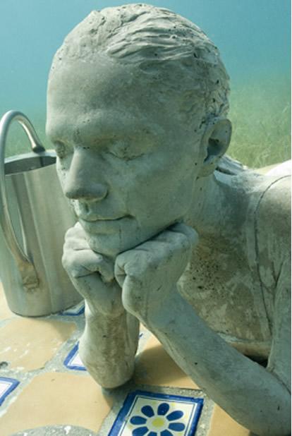 Foto Museum Bawah Laut Terbesar di Dunia | Gambar Unik™