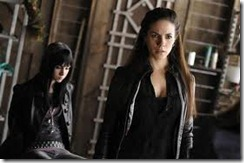 Lost Girl (2010)3