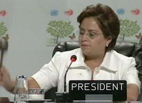 Mexikos außenministerin Espinoza verkündet den Beschluss von Cancun