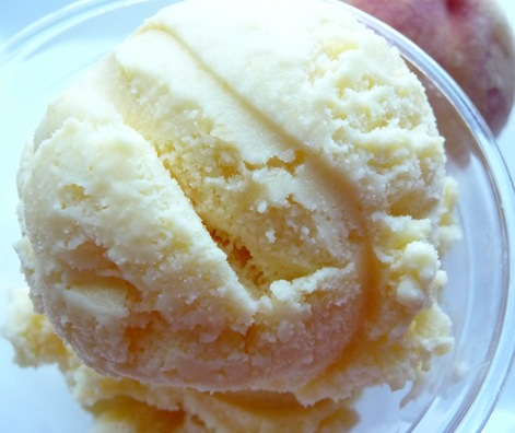 honey peach ice cream 1