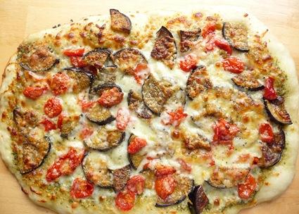 eggplant tomato pizza 1