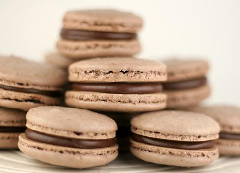 chocolate macarons 7