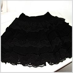 roupa tingida de preto