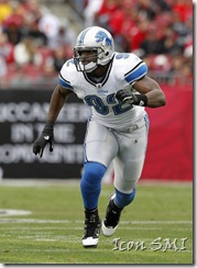 Cliff Avril of the Detroit Lions in action. Avril recieved the highest RFA tender offer from the Lions.