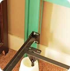 headboard install 003