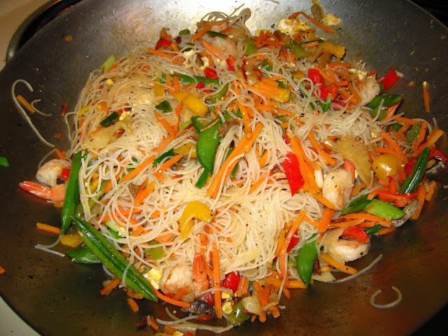 Cooking: Stir-fry in my wok